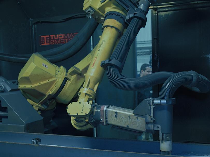 Découpe au plasma cellule robotisée